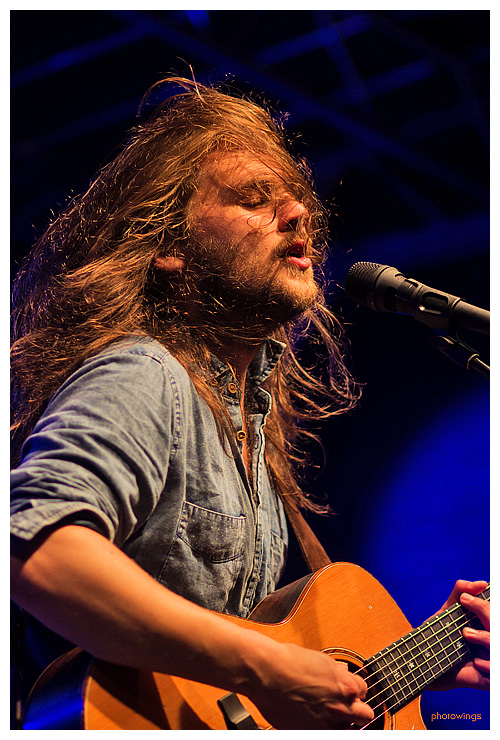Jonathan Kluth, voc, g, in Schneverdingen