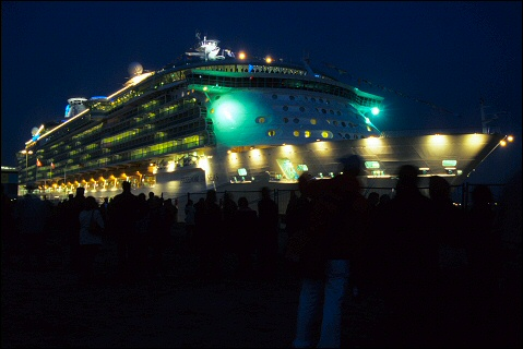 Freedom of the Seas by night